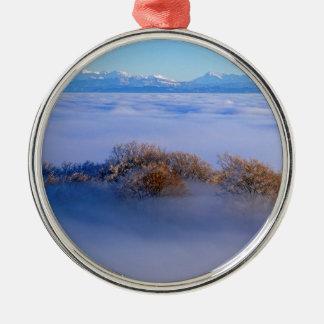 Nebelmeer  im Jura, schweizer Alpen, Schweiz Rundes Silberfarbenes Ornament