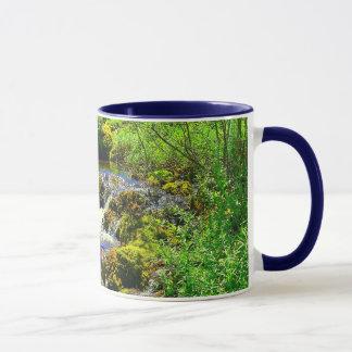 Nebenfluss-Wasserfall-Wecker-Tasse Tasse