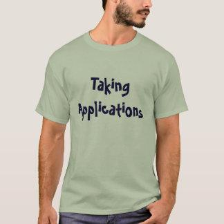 Nehmen des Anwendungs-T - Shirt