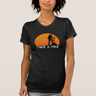 Nehmen Sie ein Wanderungs-Shirt - wählen Sie Art T-Shirt