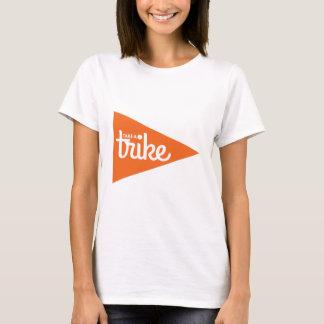 Nehmen Sie eine Trike Flagge: Recumbent Trike T-Shirt