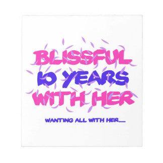 Neigen der 10. Heiratjahrestagsentwürfe Notizblock