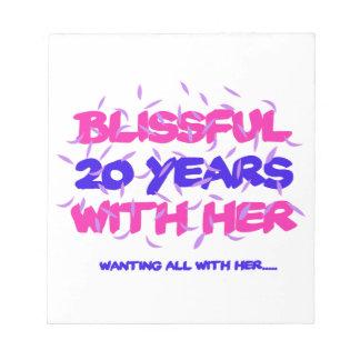 Neigen der 20. Heiratjahrestagsentwürfe Notizblock