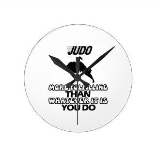 Neigen von Judo ENTWÜRFEN Runde Wanduhr