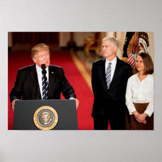 Neil u. Marie Gorsuch mit Präsidenten Donald Trump Poster