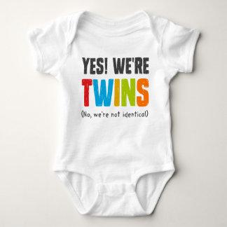 Nein, sind wir nicht identisch baby strampler