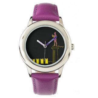 Neon Belgrads Serbien färbt Pop-Kunst-vibrierendes Uhr