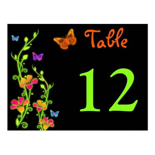 Neonschmetterlinge u. Blumen-Tischnummer-Postkarte