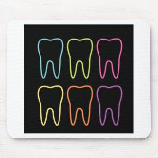 Neonzahngraphik für Zahnarzt Mousepad