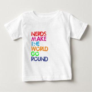 Nerds meke the world go round baby t-shirt