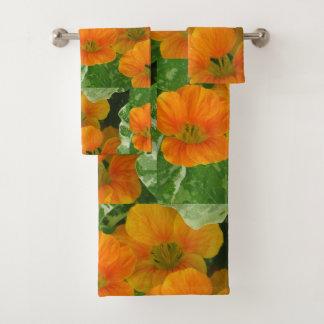Nette Kapuzinerkäse-Blüten Badhandtuch Set