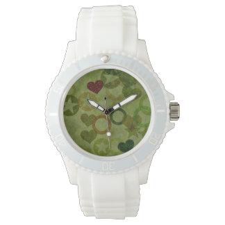 nettes schönes Herz formt abstrakten Entwurf Armbanduhr