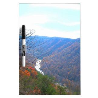 Neue Fluss-Landschaft Memoboard
