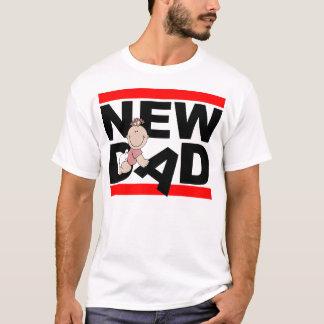 Neuer Vati mit neuem Baby T-Shirt