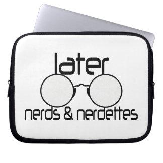 Neuere Nerds u. Nerdettes Schauspiel-Brillen Laptopschutzhülle