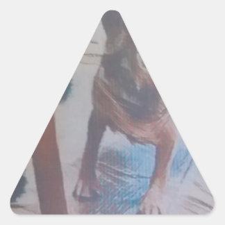 Neugieriger Beagle Dreieckiger Aufkleber