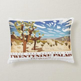 Neunundzwanzig Palmen Califorina Zierkissen