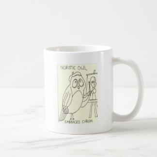 Neurotische Eule umfaßt Kubismus Kaffeetasse