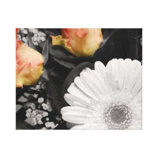 Neutrales Blumendesign Leinwanddruck