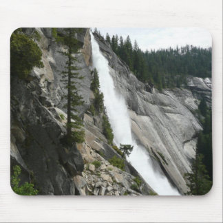 Nevada fällt an Yosemite Nationalpark Mousepad