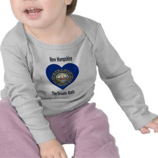New Hampshire-Flaggen-Herz T-shirt