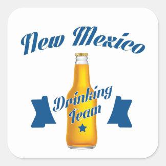 New Mexiko, das Team trinkt Quadratischer Aufkleber