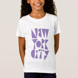 """New York City """"Reich-Schriftart"""" lila durch Rob T-Shirt"""