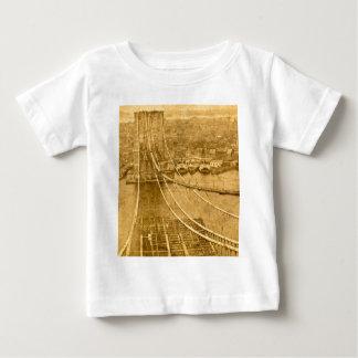 New- York CityBrooklyn-Brücken-Bau 1870s Baby T-shirt