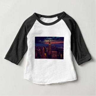 New- York Citysonnenuntergangs-Skyline Baby T-shirt