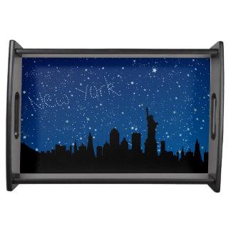 New York, nächtlicher Himmel Tablett