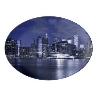 New- YorkSkyline gebadet im Blau Porzellan Servierplatte