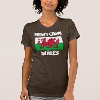 Newtown, Wales mit Waliser-Flagge T-Shirt