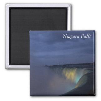 Niagara Falls am Nachtmagneten Quadratischer Magnet