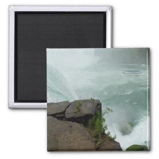 Niagara- Fallsmädchen des Nebel-Magneten Quadratischer Magnet