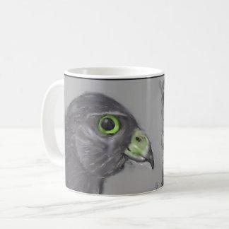 nicht identifizierter sonderbarer Raubvogel Kaffeetasse