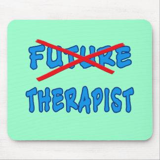 Nicht mehr zukünftiger Therapeut-Abschluss-Entwurf Mauspads
