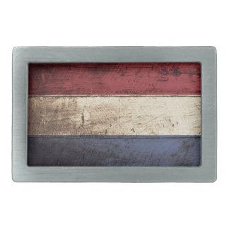 Niederländische Flagge auf altem hölzernem Korn Rechteckige Gürtelschnalle