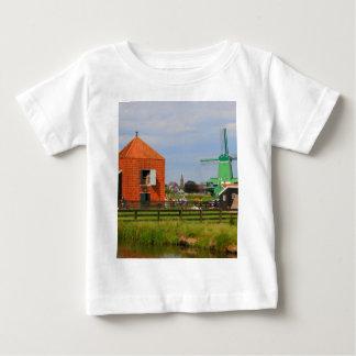 Niederländisches Windmühlendorf, Holland 4 Baby T-shirt