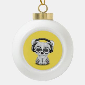 Niedliche Baby-polarer Bärn-tragende Kopfhörer Keramik Kugel-Ornament