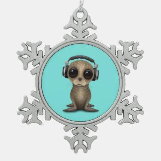 Niedliche Baby-Seelöwe tragende Kopfhörer Schneeflocken Zinn-Ornament