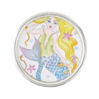 Niedliche blonde Meerjungfrau Anstecknadel