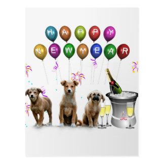 Niedliche drei Hunde, die glückliches neues Jahr Postkarte