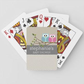 Niedliche Eule auf Spielkarten