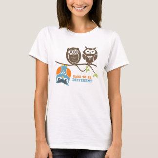 Niedliche Eulen-Cartoon-T - Shirt-Herausforderung, T-Shirt