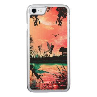 Niedliche Feen und Vögel, die in den Carved iPhone 8/7 Hülle