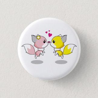 Niedliche Füchse im Liebe-Cartoon Runder Button 3,2 Cm