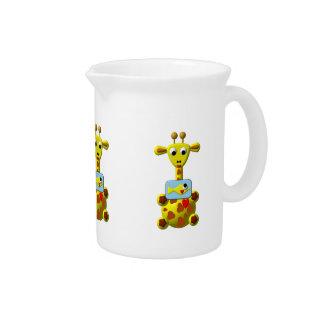Niedliche Giraffe mit Goldfish Getränke Pitcher
