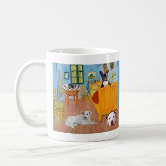 Niedliche Hunde in Van Gougs Bedroom Kaffeetasse