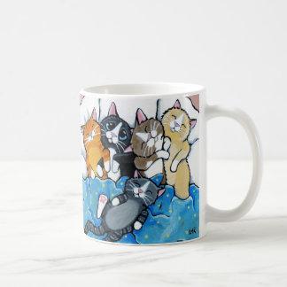 Niedliche Kätzchensleepover-Illustration Tasse