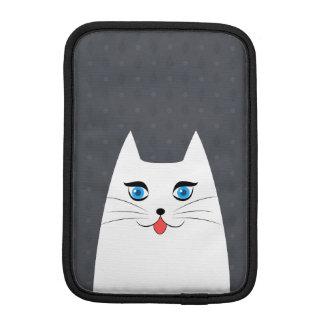 Niedliche Katze mit der Zunge, die heraus haftet Sleeve Für iPad Mini